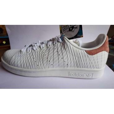 کتانی آدیداس استن اسمیت adidas Stan Smith
