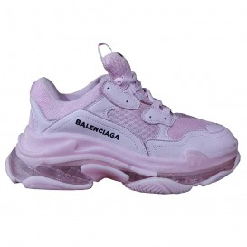 کفش اسنیکرز بالنسیاگا مدل Triple S Pink